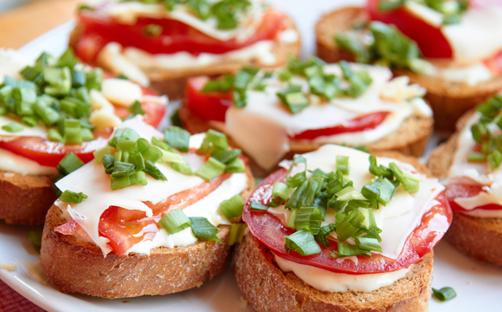 Вкусные-бутерброды-на-день-рождения