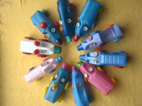 Машинки из пластиковой бутылки