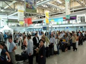 Очередь на регистрацию в аэропорту