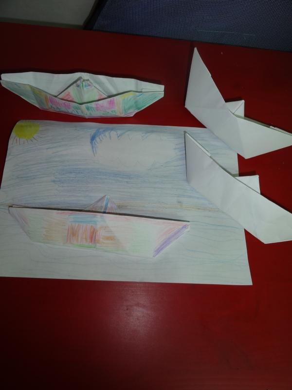 Готовый кораблик из бумаги своими руками