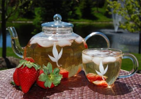 чай з лісця суніцы