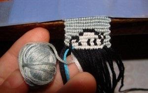 Уводим голубую нитку
