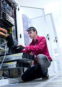 Qanday server konfiguratsiya qilish