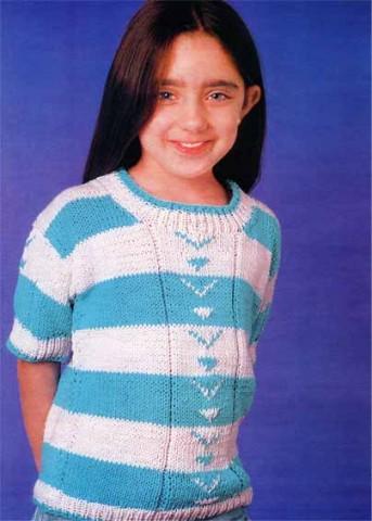 Вязаная кофта спицами для девочки с коротким рукавом