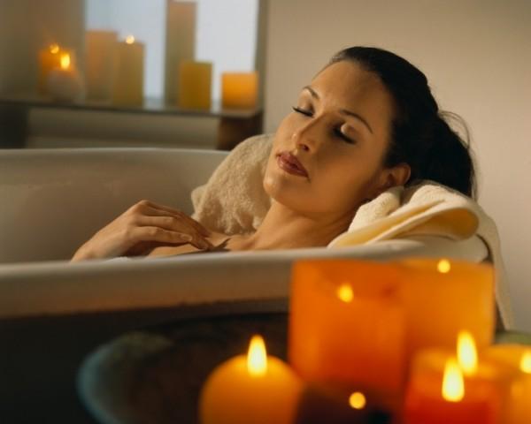 Принятие расслабляющих ванн.