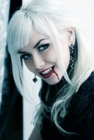 Qanday haqiqiy Vampire bo'lish